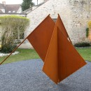 Mircea Cantor |  Give More Sky To The Flags | 2016 |  Corten steel |  200 x 350 x 200 cm |  Installation view at Frondation Francés, Senlis | France